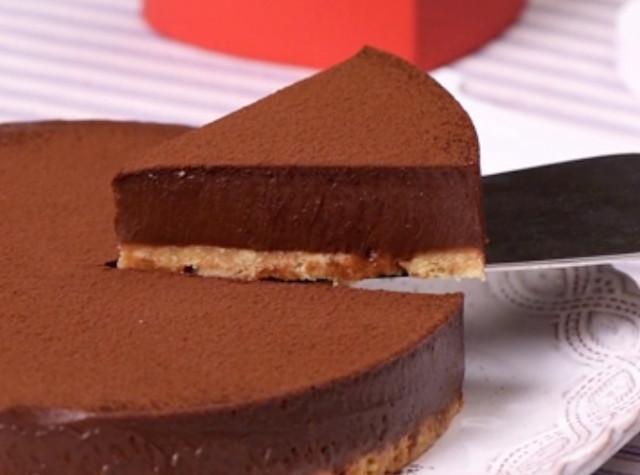 冬におすすめ♪しっとり濃厚「生チョコ風ケーキ」で贅沢なおやつタイムを
