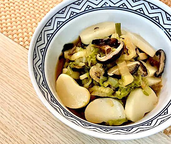 台湾で人気!お餅入りあったかスープ「炒年糕(チャーニェンガオ)」