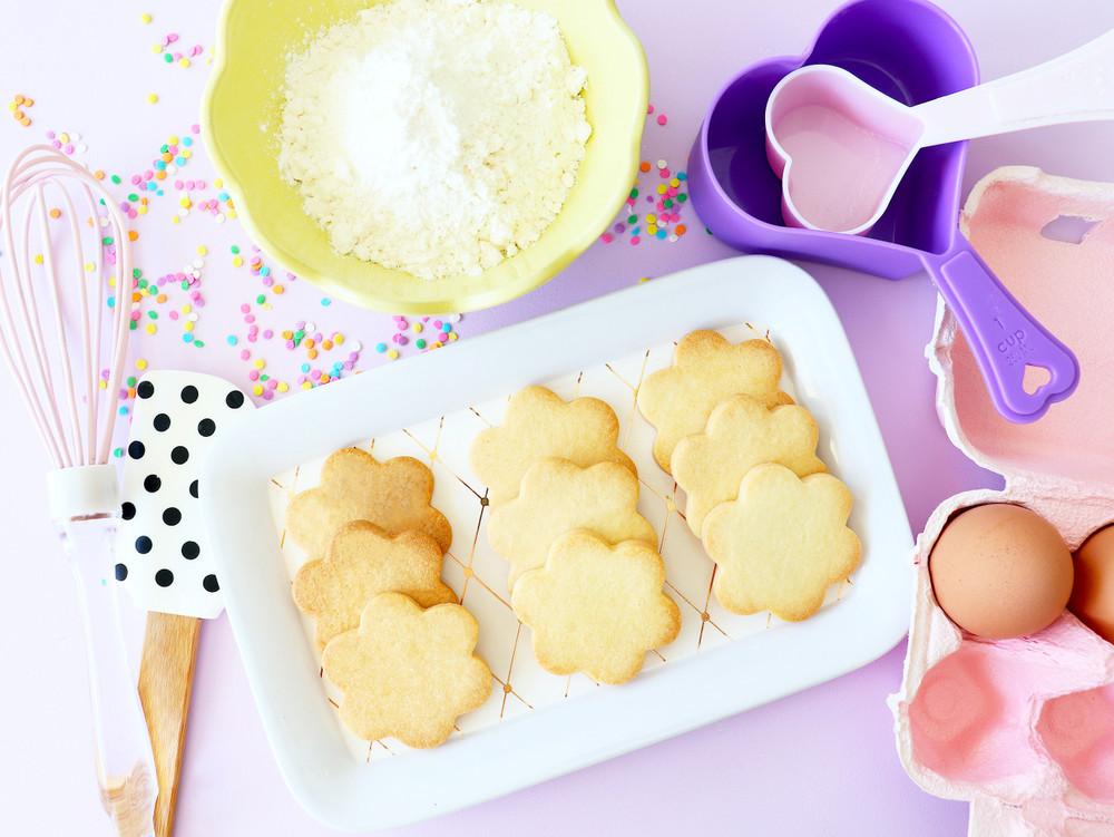 キッチンまで自作!かわいいクッキー屋のはじめ方【momocream+の手作り大好き! vol.2】