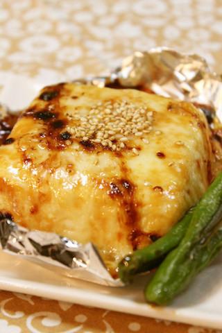 ハフハフ食べたい!「焼きチーズ豆腐」が冬のおつまみにぴったり