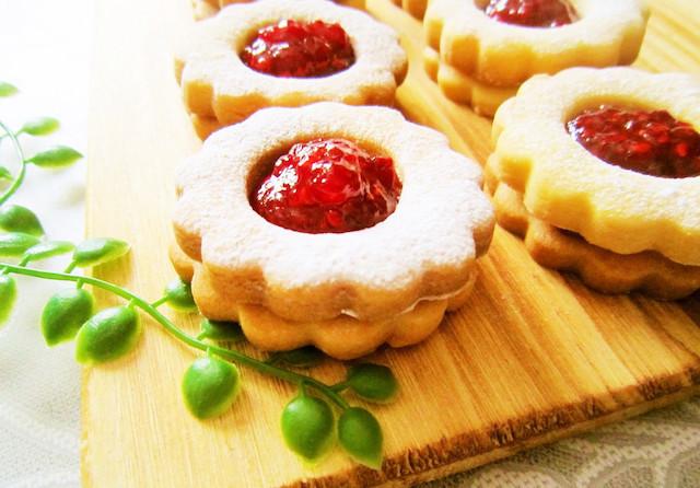 キラキラかわいい。「ジャムクッキー」を手作りしてみよう
