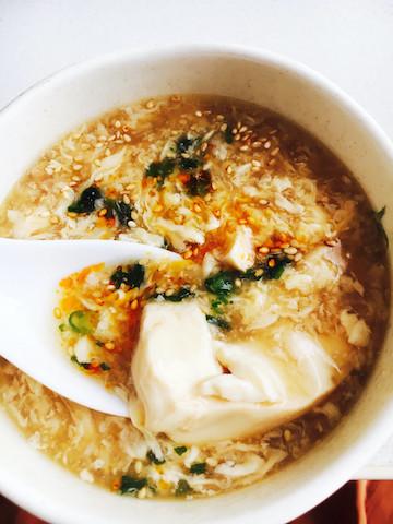 とろとろあたたまる。くずし豆腐の「酸辣湯」