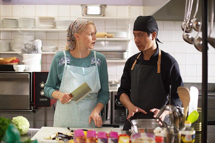 体の調子が良くなる!?フィンランドの人々が医食同源の中華料理に癒やされる『世界で一番しあわせな食堂』