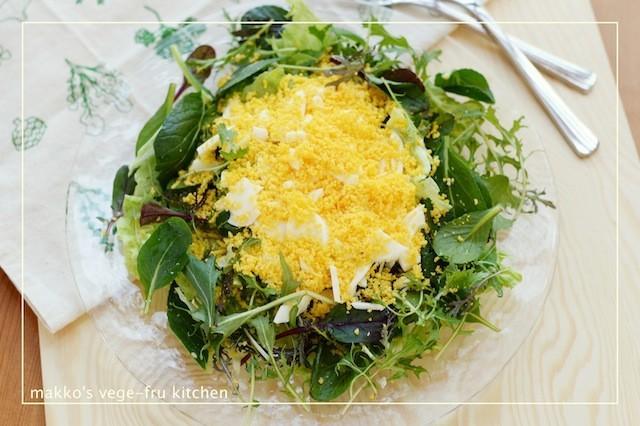 お皿の上に春が来た!まるでお花畑みたいな「ミモザサラダ」を作ってみない?