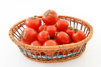 《離乳食の楽ワザ》カンタンなトマトの湯むき方法