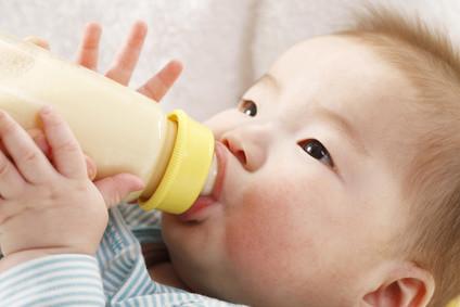 離乳食後、母乳やミルクは飲みたいだけ飲んでいい?