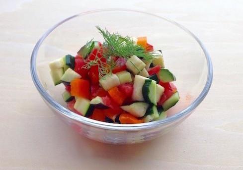 夏野菜がおいしい時期は「塩サラダ」に注目!!
