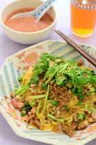 夏の麺と超簡単チャーシューに夏野菜もたっぷり!