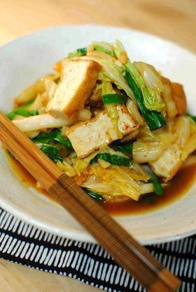 白菜と厚揚げのピリ辛炒め煮。