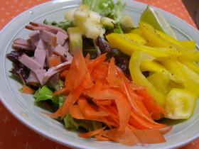 ローフード!体に良いおいしいサラダ