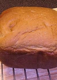 HBで甘くてコクある黒糖味噌食パン