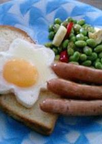 可愛い目玉焼き型を使った朝食