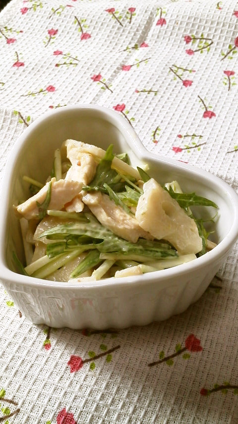鶏胸肉*蓮根*水菜の簡単サラダ和え♬