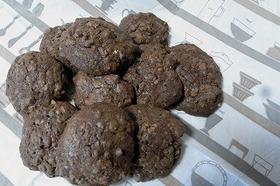 オートミールとナッツのココアクッキー