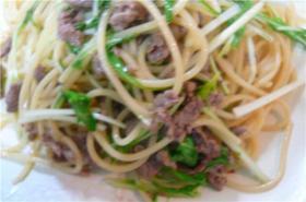 牛肉と水菜のペペロンチーノ