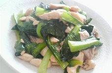 鶏胸肉と小松菜の柔ジューシーマヨソテー