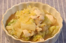 白菜と鶏ムネ肉のとろとろ蒸し煮