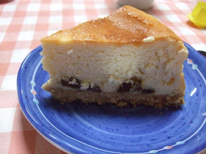 ラムレーズン入り♪ベイクドチーズケーキ