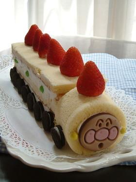 アンパンマン電車ケーキ
