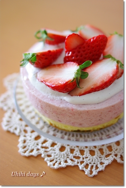 簡単!いちごムースケーキ