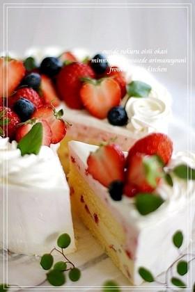 ♡苺ティラミスと苺のムースケーキ♡