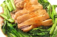 塩昆布とお酢で♪鶏肉と小松菜の煮物