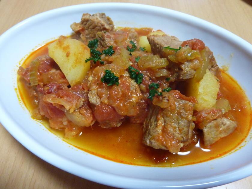 圧力鍋で☆豚モモ肉のトマト煮込み