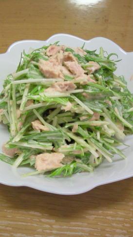 水菜とツナのマヨごま和え