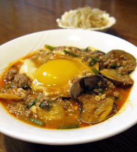 坦々純豆腐 (スンドゥブ)