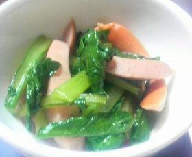 ウィンナーと小松菜炒め