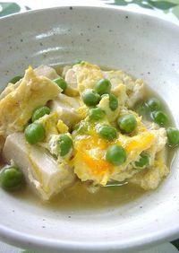 えんどう豆と高野豆腐の卵とじ。