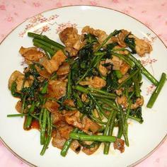 空心菜と豚肉の炒め物