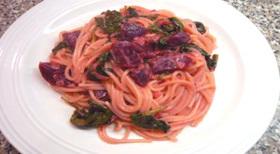 ビーツとヨーグルトのピンクスパゲッティ