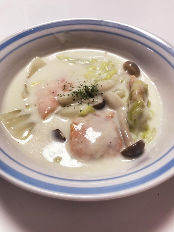 なめらか♪鮭と白菜のクリーム煮