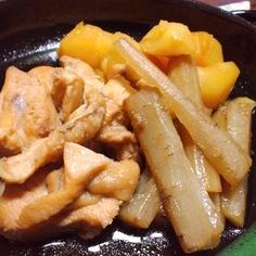 鶏とジャガイモとごぼうの煮物