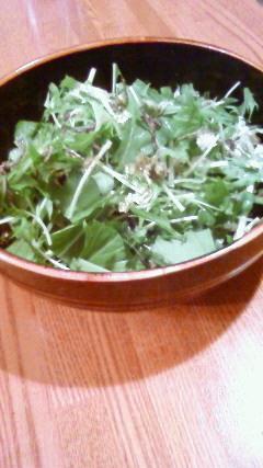 ドレッシングいらずの水菜サラダ