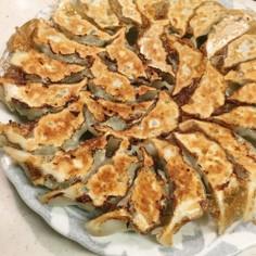 ☀ザ・餃子☺野菜多めがウマイ!