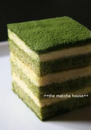 きれい色の抹茶ティラミスの写真