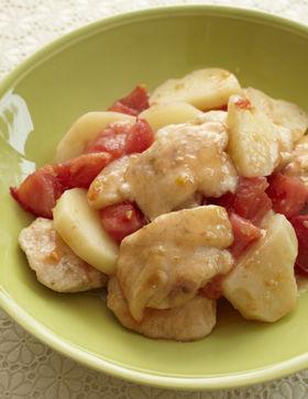 鶏胸肉とじゃがいも、トマトのスゴだれ炒め