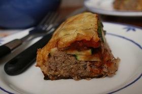 豪華なのに簡単!挽き肉と野菜のパイ包み♪
