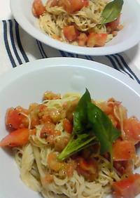 冷製トマトとジェノベーゼのカッペリーニ♪