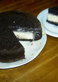ブラックスポンジのチーズケーキ