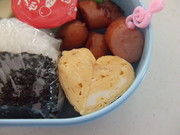 お弁当 ハート❤玉子焼き(卵焼き)の写真