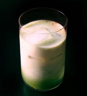 ヘルシー豆乳抹茶ラテ
