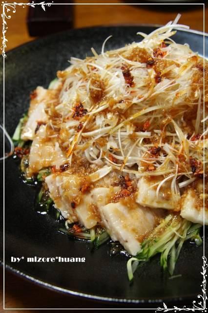 夏にぴったり★豚ばら肉の台湾風サラダ