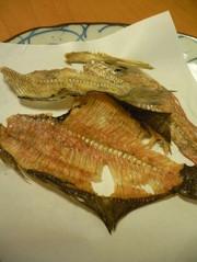 レンジで簡単♪揚げない魚の骨せんべいの写真