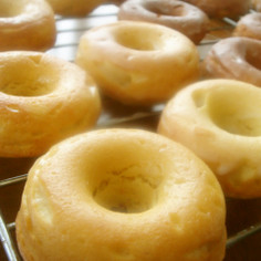 混ぜるだけ❁しっとり米粉入り焼きドーナツ