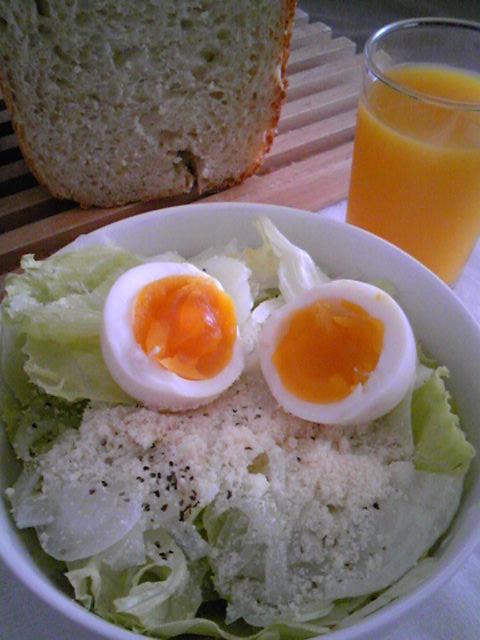 燻製卵で簡単シーザーサラダ風