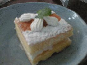 ワインクリームケーキ