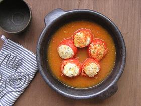 トマトの肉詰めスープ